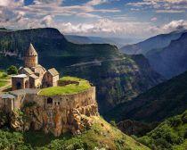 Monastère de Tatev © comité de tourisme d'arménie.jpeg