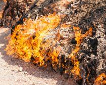 Azerbaïdjan - Montagne qui brûle Yanar Dag