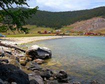 Croisiere sur le lac Baikal - Village d'Ouzoury
