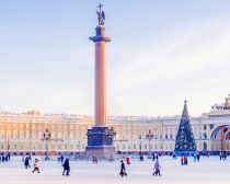 Visite Saint-Pétersbourg, Place de Palais en hiver