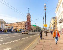 Perspective Nevski à Saint-Pétersbourg