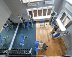 Neobyknovenniy hôtel - Salle de sport