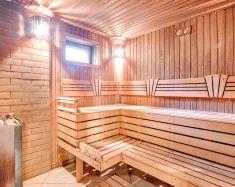 Yakhonty Noginsk © A l'intérieur du bania dans le cottage
