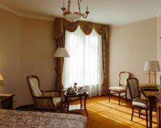 Hotel Saint-Pétersbourg - Hotel Emerald