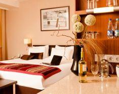 Hotel Saint-Pétersbourg - Staybride Suites