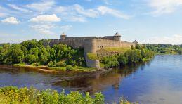 Voyage Estonie - Forteresse d'Ivangorod - Frontière russo-estonienne