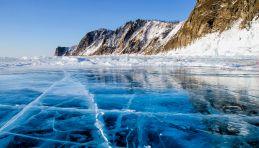Le lac Baïkal gelé en hiver - Voyages en Russie