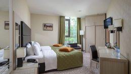 Autour de Saint-Pétersbourg - Hôtel Nouveau Peterhof 4 étoiles - Chambre