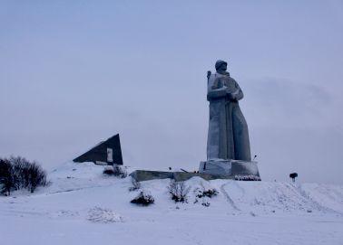 Voyage Russie, Péninsule Kola, Mourmansk - Monument aux morts