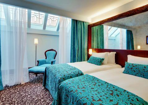Hotel Saint-Pétersbourg - Hotel Domina Prestige