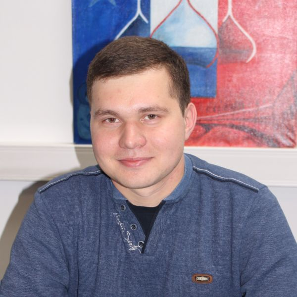Ruslan DZHAKHANGIROV