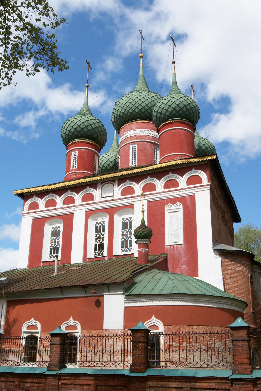 glise de l 39 archange saint michel tsar voyages cr ateur de voyages en russie. Black Bedroom Furniture Sets. Home Design Ideas