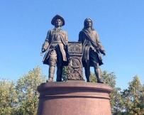 Tatischev et De Guennin, les fondateurs de la ville
