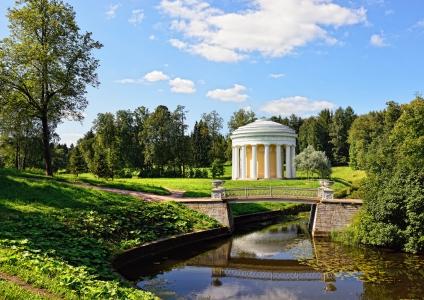 Dans le jardin de Pavlovsk