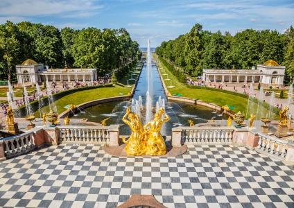 Dans les jardins du Palais
