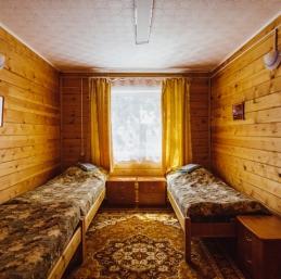 Hébergement île Olkhon, Baïkal - Base de Loisirs Lada