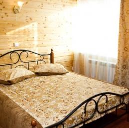 Hotel Listvianka - Krestovaia Pad