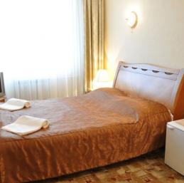 Hotel Listvianka - Hotel Mayak Hotel