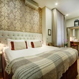 Hotel Saint-Pétersbourg - Hotel Pouchka Inn